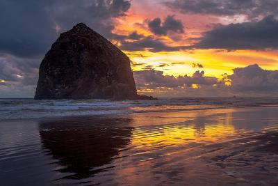 Cannon Beach Sunset-Tim Oldford-Photographic Print