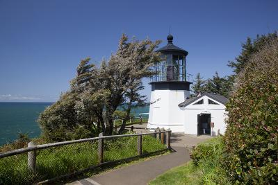 Cape Meares State Viewpoint, Cape Meares Lighthouse, Oregon, USA-Jamie & Judy Wild-Photographic Print