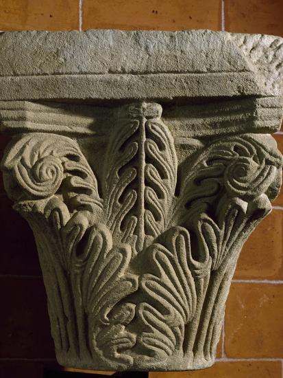 Capital, Early Medieval Reworking or Corinthian Type Romanesque, Italy, 5th-11th Century--Giclee Print