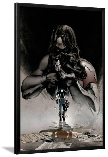 Captain America No.12 Cover: Winter Soldier and Captain America-Steve Epting-Lamina Framed Poster