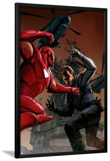 Captain America No.33 Cover: Iron Man and Winter Soldier-Steve Epting-Lamina Framed Poster