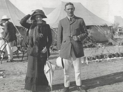 https://imgc.artprintimages.com/img/print/captain-and-lady-helen-mitford-in-the-tented-city-delhi-december-1911_u-l-pjqk8y0.jpg?p=0