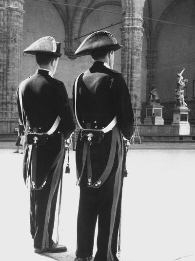 Carabinieri in the Piazze Della Signoria in Florence-Vincenzo Balocchi-Photographic Print