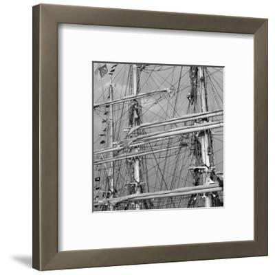Graceful Sailing Yatch II