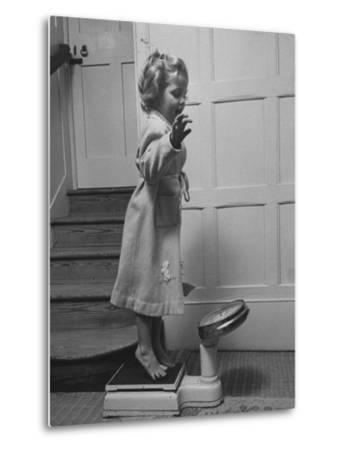Grand Daughter of Winston Churchill, Arabella Spencer Churchill, Jouncing on Bathroom Scale