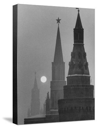 View of the Kremlin and Spassky Tower under Full Moon