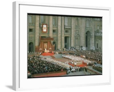 Pope Paul Conducting Opening Ceremonial Mass of 2nd Vatican Council, St. Peter's Basilica