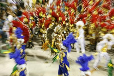 https://imgc.artprintimages.com/img/print/carnival-parade-at-the-sambodrome-rio-de-janeiro-brazil-south-america_u-l-piamm20.jpg?p=0