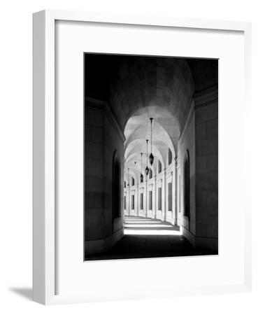 Arched architectural detail in the Federal Triangle located in Washington, D.C. - Black and White V