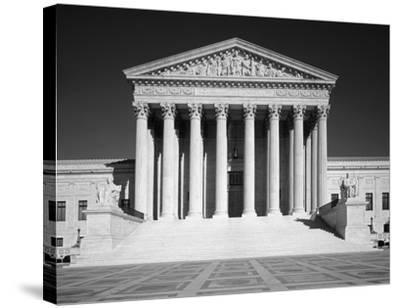 U.S. Supreme Court building, Washington, D.C. - B&W