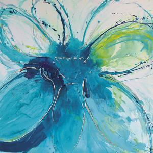Amaryllis by Caroline Ashwood