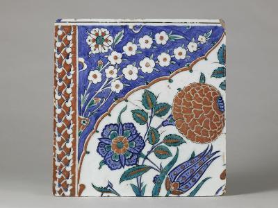 Carreau à décor floral polychrome--Giclee Print