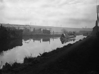 The Manure Lock Basin at Wolverhampton, 1950