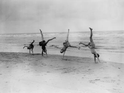 Cartwheels--Photographic Print