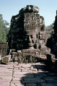 Carved Face of a Buddha, 12th-13th Century