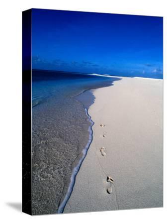 Footprints on Beach, Fiji