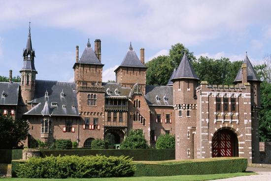 Castle De Haar, 1892--Giclee Print