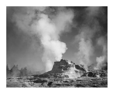 https://imgc.artprintimages.com/img/print/castle-geyser-cove-yellowstone-national-park-wyoming-ca-1941-1942_u-l-f8v50w0.jpg?p=0