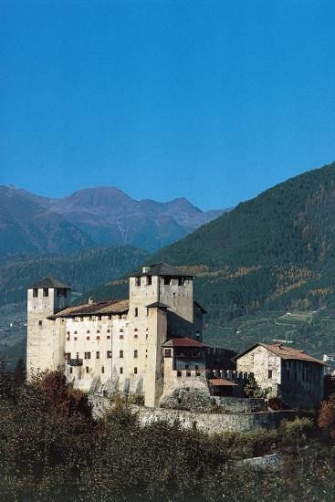 Castle of Cles, Cles, Trento, Val Di Non, Trentino-Alto Adige, Italy, 13th-16th Century--Giclee Print