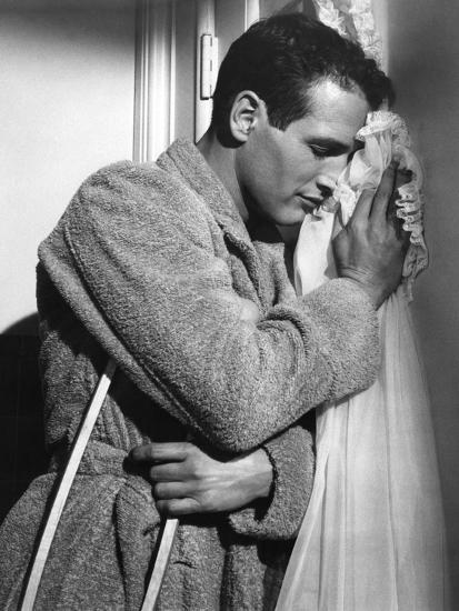 CAT ON A HOT TIN ROOF, 1958 directed by RICHARD BROOKS Paul Newman (b/w photo)--Photo