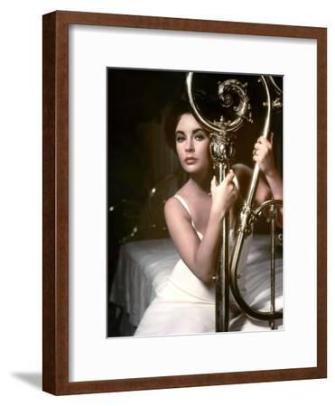Cat on a Hot Tin Roof, Elizabeth Taylor, Directed by Richard Brooks, 1958--Framed Photo