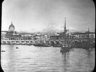 Catania and Mount Etna, Sicily, Italy, Late 19th or Early 20th Century--Photographic Print