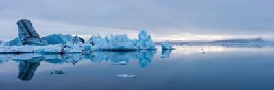 Panorama, Glacier Lagoon Jškulsarlon by Catharina Lux