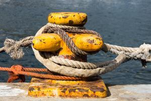 South Africa, Houtbay, Harbour, Bollard with Ropes by Catharina Lux