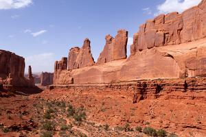 USA, Utah, Arches National Park, Courthouse Towers by Catharina Lux