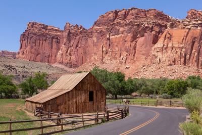 USA, Utah, Capitol Reef National Park, Historical Place Fruita, Barn