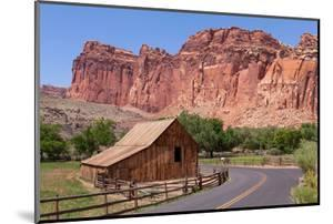 USA, Utah, Capitol Reef National Park, Historical Place Fruita, Barn by Catharina Lux