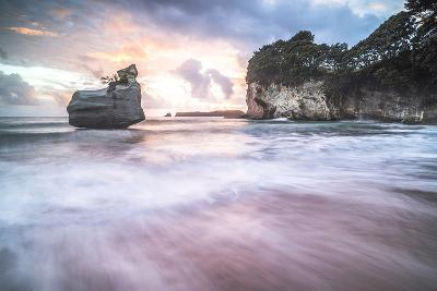 Cathedral Cove at Sunrise, Coromandel Peninsula, North Island, New Zealand, Pacific-Matthew Williams-Ellis-Photographic Print