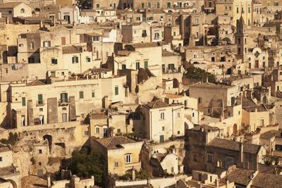 https://imgc.artprintimages.com/img/print/cave-dwellings-sasso-barisano-unesco-world-heritage-site-matera-basilicata_u-l-q12qux50.jpg?p=0