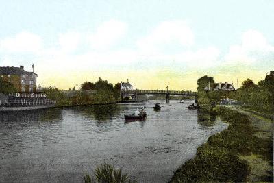 Caversham Bridge, Berkshire, 20th Century--Giclee Print