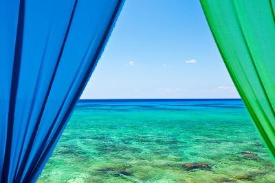 Cayman Islands-R. Peterkin-Photographic Print