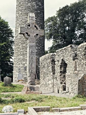 https://imgc.artprintimages.com/img/print/celtic-cross-and-round-tower-in-monasterboice-monastic-site-county-louth-ireland-10th-century_u-l-pv8y7g0.jpg?p=0