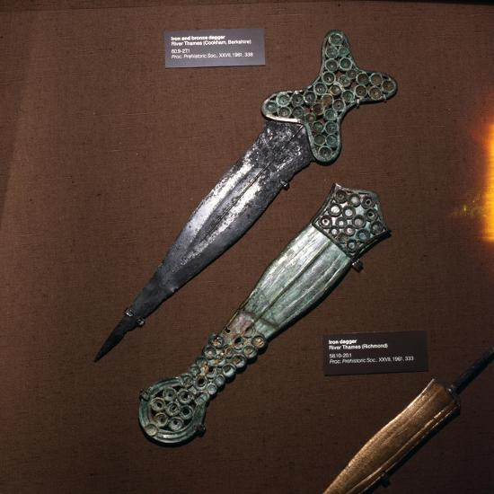 Celtic Dagger and Sheath in Iron and Bronze, c600BC-c550BC-Unknown-Giclee Print