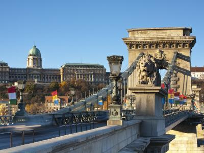 Chain Bridge and Royal Palace on Castle Hill, Budapest, Hungary-Doug Pearson-Photographic Print