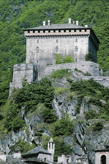 Challant Castle, Verres, Aosta, Valle D'Aosta, Italy--Giclee Print