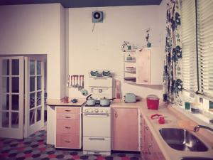 50S Kitchen by Chaloner Woods