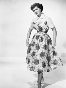 Fifties Fashion by Chaloner Woods