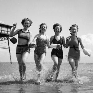 Seaside Fun by Chaloner Woods