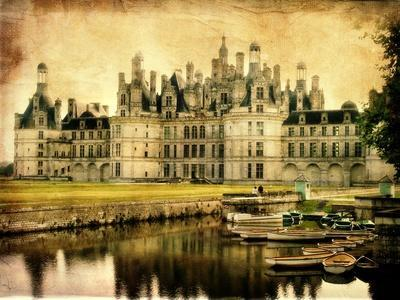 https://imgc.artprintimages.com/img/print/chambord-castle-artistic-retro-styled-picture_u-l-pn1gk10.jpg?p=0