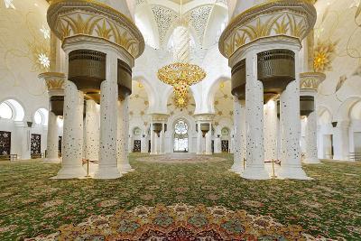 Chandelier in Prayer Hall, Sheikh Zayed Bin Sultan Al Nahyan Moschee, Al Maqtaa-Axel Schmies-Photographic Print