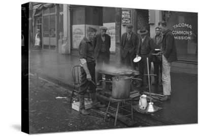 Breakfast Outside the Tacoma Commons Mission, 1930