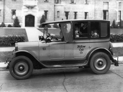 Tacoma Taxicab & Transfer Co, 1927
