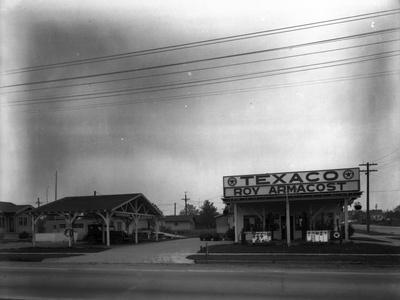 Texaco Gas Station, Circa 1928
