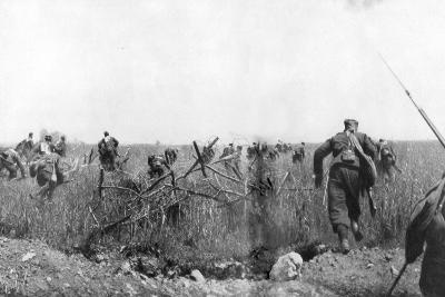 Charge by a Regiment of French Zouaves on the Plateau of Touvent, Artois, France, 7 June 1915--Giclee Print