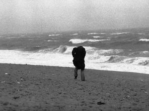 Hurricane Belle 1976 by Charles Bennett