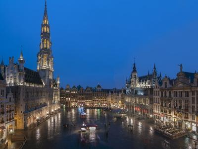Grand Place Dusk, UNESCO World Heritage Site, Brussels, Belgium, Europe